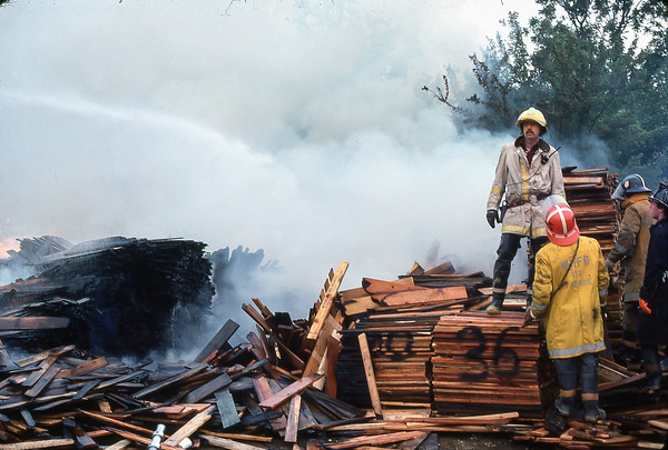 Pallet Fire 1976