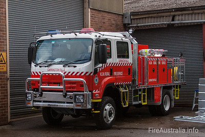 NSW Rural Fire Service - Carrington Fall Cat 1 Tanker.   Built by Alexander Perrie in 2010