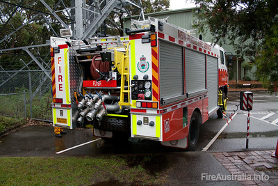 NSWRFS Warringah Flyer - District Pumper.  Photo 2008