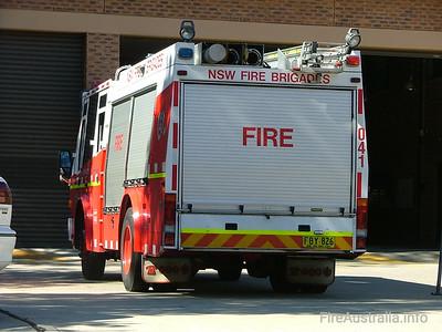 NSWFB SP41 Smithfield  April 2006 Fuji