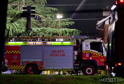R102 Regentville at work on the Log Cabin Motel fire in Penrith