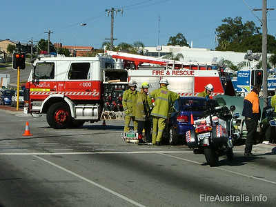 WA FRS Kensington Kensington's Heavy Pump at a multiple vehicle accident in Vic Park