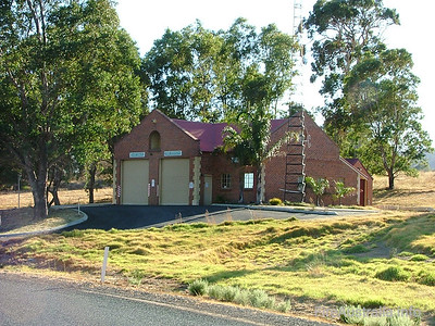 East Swan BFB Fire Station Photo April 2004