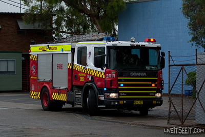 P85 Chester Hill at a Wreckers Fire