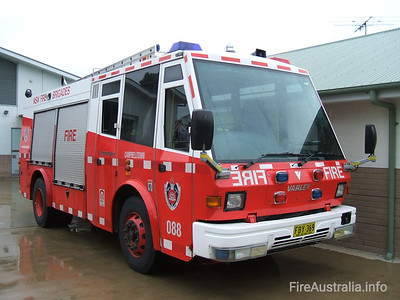 NSWFB P88 Campbelltown NSWFB P88 Campbelltown, a Varley Commander FBY369.  Open Day April 2007