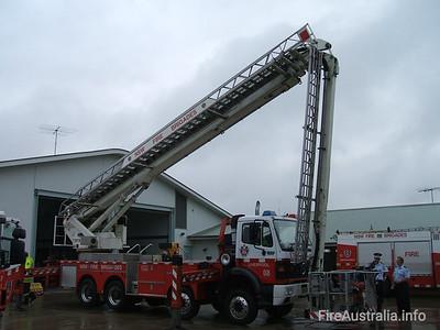 LP8 Liverpool Ladder Platform Open Day April 2007