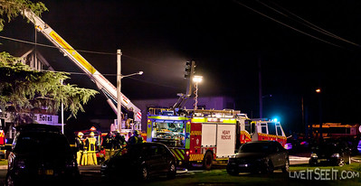 R102 Regentville at work on the Log Cabin Motel fire in Penrith
