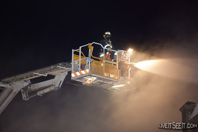 FRNSW Ladder Platform 18 Glebe at Work on a Laundromat fire in Newtown