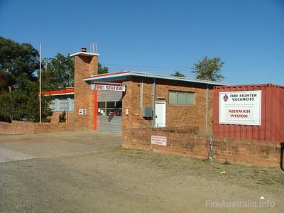 FRNSW 202 Abermain Fire Station June 2006