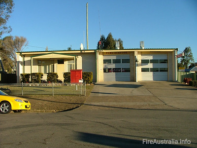 FRNSW 237 Branxton Fire Station June 2006