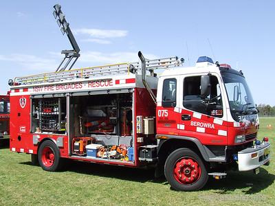 NSWFB Rescue 75 Berowra