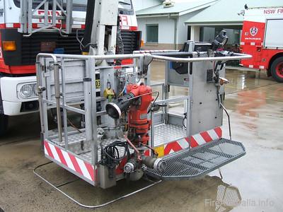 LP8 Bronto Crew Platform