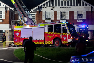 P98 Cranebrook at work on the Log Cabin Motel fire in Penrith