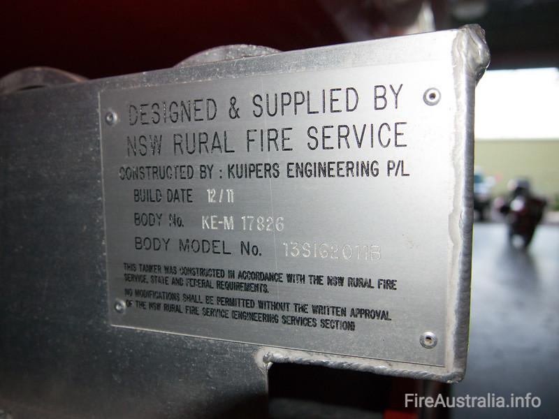 NSWRFS Warringah HQ Bulk Water Tanker<br /> <br /> Built by Kuipers Engineering 12/2011<br /> Body no. KE-M 17826<br /> Body Model No. 13SIG2011B