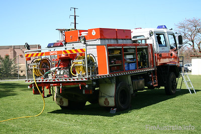 NSWRFS Dapto 1 Tanker.   Photo at Open Day 2007