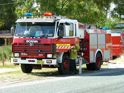 WA FRS Duncraig Duncraig's Heavy Pump at a large scrub fire in Gnangara. Duncraig station was formerly located in and known as Balcatta