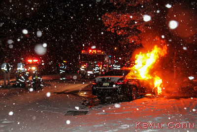 01-06-2017 Vehicle Fire Frowein Rd east of Walden Pond Ct, East Moriches