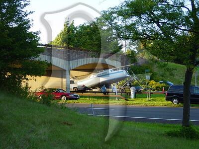 2005, September 20 - MVA, Boat vs Bridge, Lake Ontario State Parkway @ Greenleaf Rd, Lake Shore Fire District, Greece, NY (4353)
