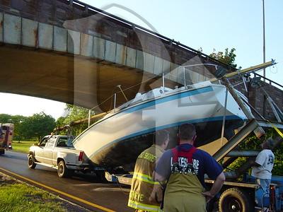 2005, September 20 - MVA, Boat vs Bridge, Lake Ontario State Parkway @ Greenleaf Rd, Lake Shore Fire District, Greece, NY (4356)