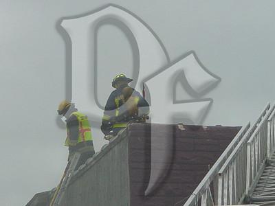 2003-09-05, Building Fire - 4651 Lake Ave (Rochester)(DSC00701)