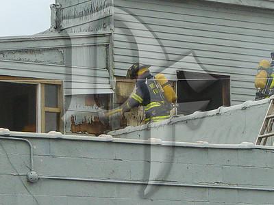 2003-09-05, Building Fire - 4651 Lake Ave (Rochester)(DSC00705)
