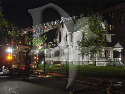 2003-10-10, 2 Alarm House Fire - West Ave (Rochester)(DSC01056)