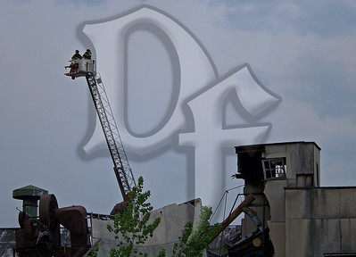 2010 May 5 - 3 Alarm, Sherer St, Rochester (3272)