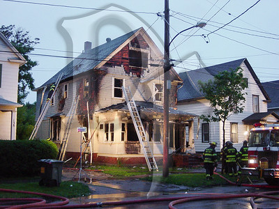 2003-05-31, House Fire - 6th St (Rochester)(DSC00502)