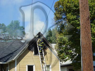 2003-09-09, House Fire - 17 Henry St (Rochester)(DSC00718)