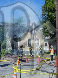 2003-09-09, House Fire - 17 Henry St (Rochester)(DSC00720)