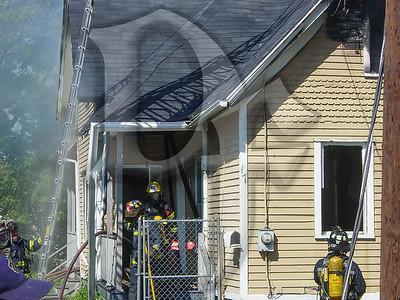 2003-09-09, House Fire - 17 Henry St (Rochester)(DSC00715)