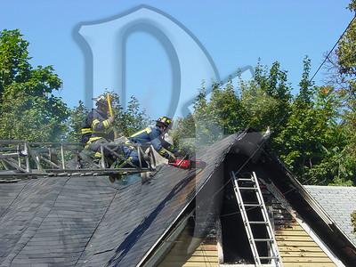 2003-09-09, House Fire - 17 Henry St (Rochester)(DSC00724)