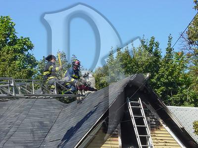 2003-09-09, House Fire - 17 Henry St (Rochester)(DSC00723)