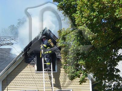 2003-09-09, House Fire - 17 Henry St (Rochester)(DSC00717)