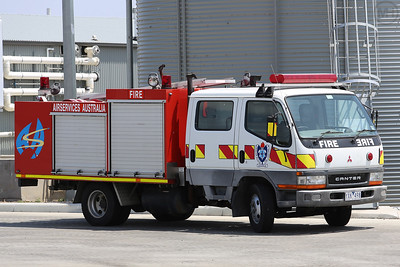 airport-fire-service---melbourne_24035950052_o
