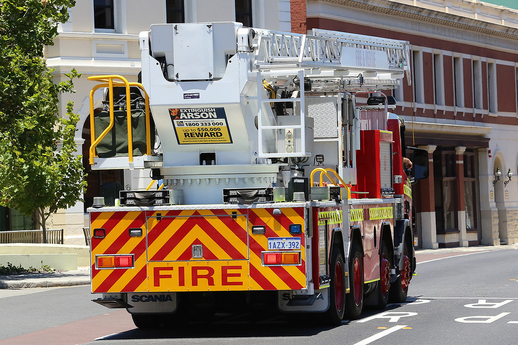 Dept Fire & Emergency Services (DFES) CLP2, Western Australia<br /> <br /> Scania 124G - 360 with Bronto Skylift F32 HDT