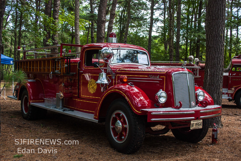 Glasstown Fire Muster, Wheaton Village, 8-21-2016, (C) Edan Davis, www (2)