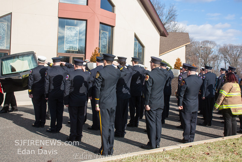 12-17-2014, Funeral Services for Aiden Riebel, (C) Edan Davis, www sjfirenews com  (39)