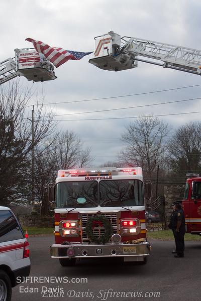 12-17-2014, Funeral Services for Aiden Riebel, (C) Edan Davis, www sjfirenews com  (111)