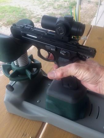 Pistol Range 5-22-16 P-07 Bullseye