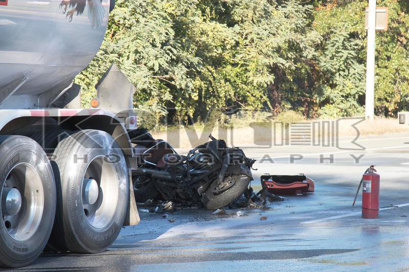 Sunday, October 21st, 2018: a motorcyclist was killed after hitting the back of a tanker truck in the westbound lanes of Sunrise Highway east of Newbridge Road.  The Bellmore Fire Department extinguished the motorcycle which had caught fire and was among the several agencies on scene.