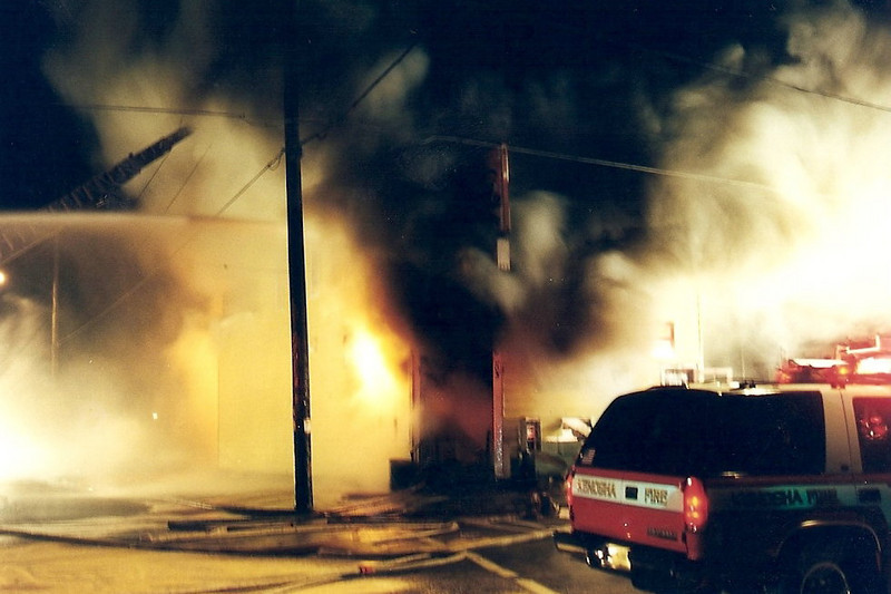 Rainbow Food Mart Fire/1-1-02/22ND Avenue