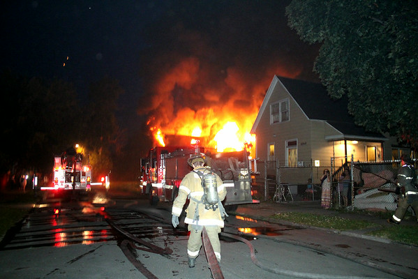 Detroit MI, Box alarm on Vanderbilt street. 7/4/2014
