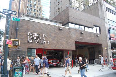 FDNY Engine 54 Ladder 4