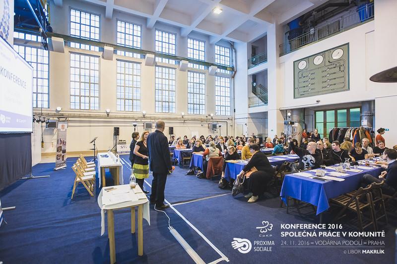 20161124-091227_0006-konference-2016-spolecna-prace-v-komunite