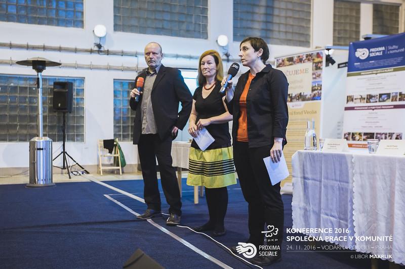 20161124-091646_0018-konference-2016-spolecna-prace-v-komunite