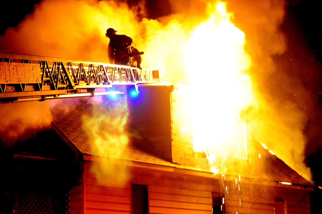 Detroit, MI   Box Alarm on inglis St on 02.22.12