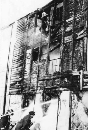 12.24.1965 - 1222 Weimer Street