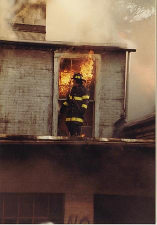 8.3.1982 - 4th & Elm Streets, Fleetwood Industries Warehouse