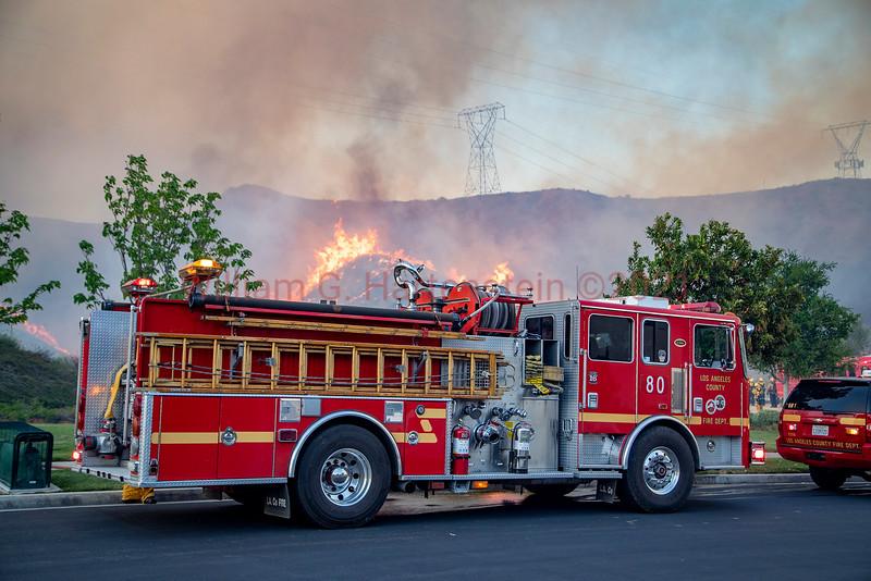 LACoFD NorthFire Engine 80 and BN 1 on West Hills Dr. Santa Clarita, CA.